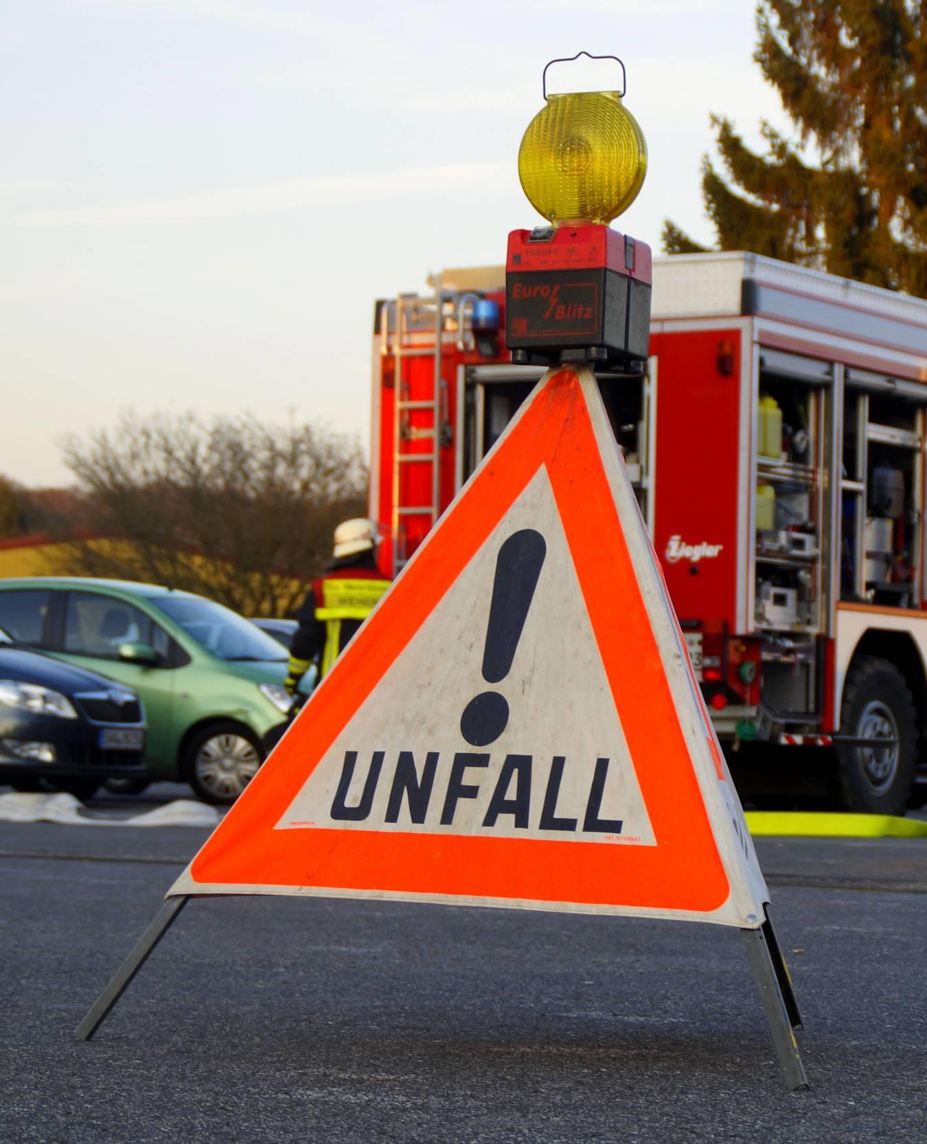 einsatz-unfall-accident-1645221